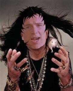 Rick Astley se pasa al lado oscuro